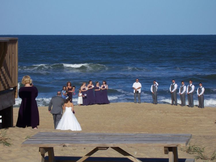 There Are Numerous Alternatives On The Outer Banks For Wedding Parties And Ceremony Venues Dolphin Oceanfront Motel Offers A Beautiful Venue